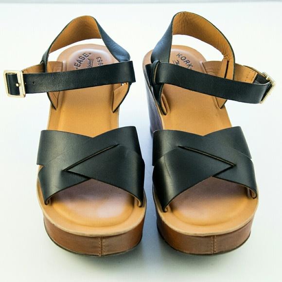69f61fadc2a5 Kork-Ease Platform Sandals Size 9